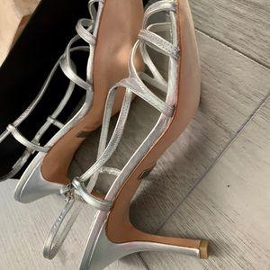 Badgley Mischka Shoes - New Badgley Mischka Silver sandals, size 10